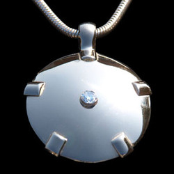 White 14K Gold Shield with Diamond - Level Four