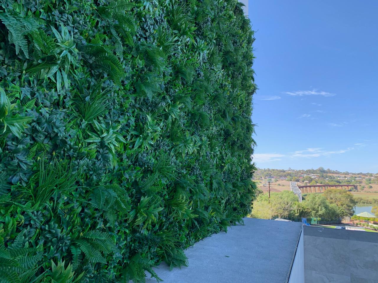 Artificial Greenery wall