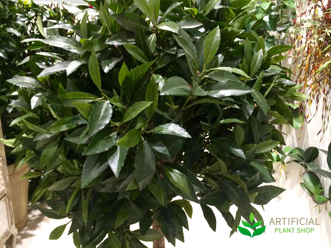 Artificial Laurel Ball Tree Leaves