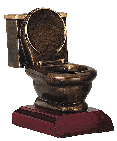 Toilet-Bowl-Trophy__19622.1545324244.500
