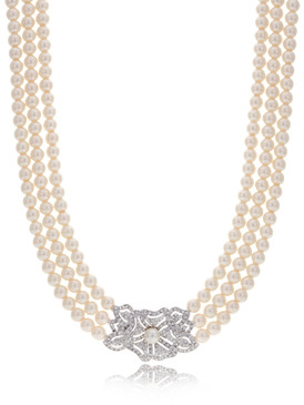 Jennifer's Rosette Crystal & Pearl Necklace 4 | Necklaces