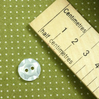 Shiny White Wobble Edge Button 2 Holes - 14 mm
