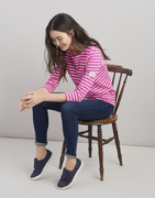 Our much-loved Joules striped Harbour jersey top is back in new and old favourite colours.  Joules take on the classic Breton top it's no wonder it's one of your all-time favourites. A true wear-it-anywhere essential. How many have you got in your wardrobe?