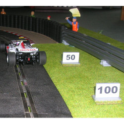 SLOT TRACK SCENICS BP4&5 Brake Point Markers - for Scalextric