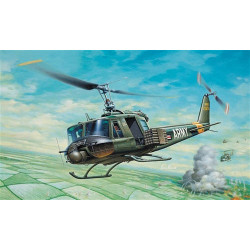 ITALERI UH-1B Huey Helicopter 040 1:72 Aircraft Model Kit