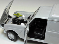 EBBRO 25003 Renault 4 Van 1:24 25003 Car Model Kit Tamiya E25003