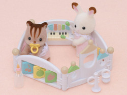 SYLVANIAN Families Let's Play Playpen Dolls Furniture 4457