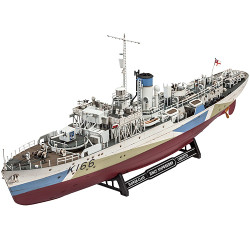 REVELL Flower Class Corvette HMCS Snowberry 1:144 Ship Model Kit 05132