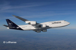 "REVELL Boeing 747-8 Lufthansa ""New Livery"" 1:144 Aircraft Model Kit 03891"