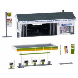GAUGEMASTER Fordhampton Service Station Plastic Kit OO Gauge GM424