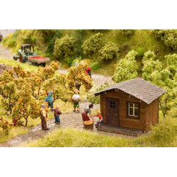 NOCH At the Garden Plot Deco Scene HO Gauge Scenics 12035