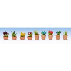 GAUGEMASTER Flowers in Pots - OO/HO Scale Set 2 (9) OO Gauge Scenics GM107