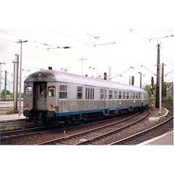 PIKO Expert DB BDn738 2nd Class Coach IV HO Gauge 57652