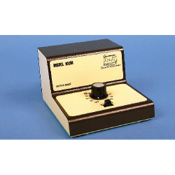 GAUGEMASTER Single Track Cased Controller GMC-100M