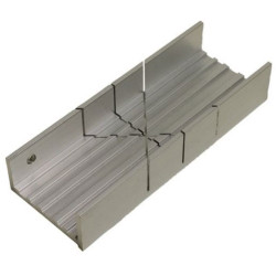 GAUGEMASTER Aluminum Mitre Box GM676
