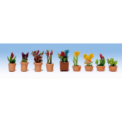GAUGEMASTER Flowers in Pots - OO/HO Scale Set 1 (9) OO Gauge Scenics GM106