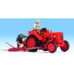 NOCH Tractor w/ Figure HO Gauge Scenics 16756