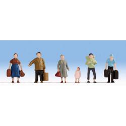NOCH Pedestrians w/ Luggage (6) Hobby Figure Set HO Gauge Scenics 18115