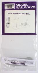 DAPOL Kitmaster Signpost & Stile Model Kit OO/HO Gauge C078