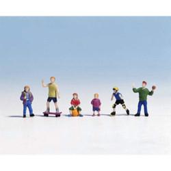 NOCH Children Playing (6) Figure Set HO Gauge Scenics 15810