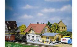 FALLER Blumenfeld Station Model Kit I HO Gauge 110097