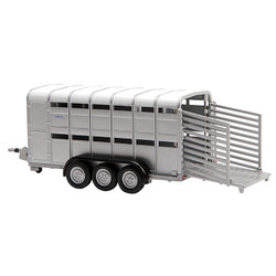 BRITAINS Ifor Williams Livestock Trailer 1:32 Diecast Farm Vehicle 40710A1