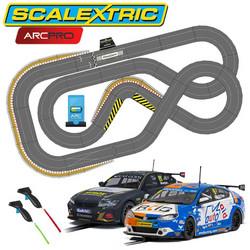 SCALEXTRIC Digital Bundle SL6 2020 - 2 Cars ARC PRO JadlamRacing Layout