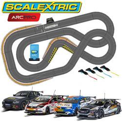 SCALEXTRIC Digital Bundle SL6 2020 - 4 Cars ARC PRO JadlamRacing Layout