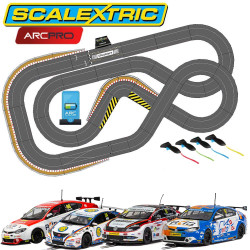 SCALEXTRIC Digital Bundle SL6 2019 - 4 Cars ARC PRO JadlamRacing Layout