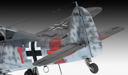 "REVELL Fw190 A-8 ""Sturmbock"" 1:32 Aircraft Model Kit 03874"