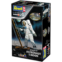 REVELL Gift Set Apollo 11 Astronaut on the Moon 1:8 Space Model Kit 03702