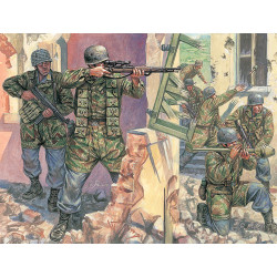 ITALERI WWII German Paratroopers Jun 6045 1:72 Figures Kit