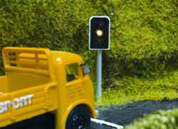 Train Tech Traffic Light (OO) Single HO/OO Gauge TTTL10