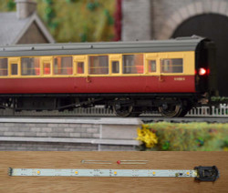 Train Tech Automatic Coach Lighting - Cool White/Flickering Tail HO/OO Gauge