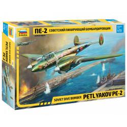 ZVEZDA Z7283 Petlyakov Pe-2 1:72 Plastic Model Plane Kit