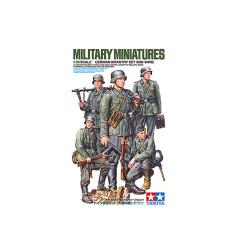 TAMIYA German Infantry Set (Mid WWII) 1:35 Plastic Model Kit 35371