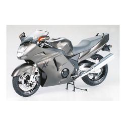 TAMIYA 14070 Honda CBR 1100XX S. Blackbird 1:12 Bike Model Kit