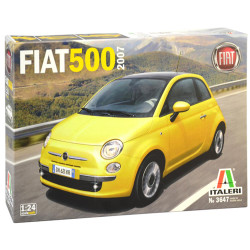 ITALERI 3647 Fiat 500 (2007) 1:24 Plastic Car Model Kit