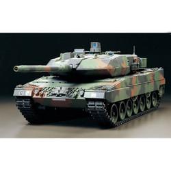 TAMIYA RC Leopard 2 A6 Tank with Option Kit 1:16 Assembly Kit 56020