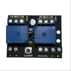 Train Tech Twin Channel Relay Controller for DC/DCC Multi Scale RL1