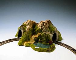 Noch Single Track Curved Tunnel 25x25x12cm N Gauge 34660