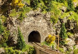 Faller Landwasser Single Track Tunnel Portal Building Kit I N Gauge 272654