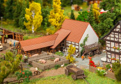Faller Agricultural Building with Accessories Building Kit I N Gauge 232371