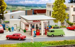 Faller 1950s Petrol Station Building Kit HO Gauge 130590