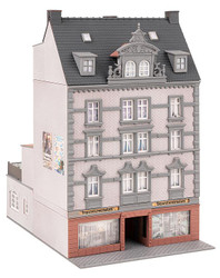 Faller Townhouse with Repair Shop Building Kit HO Gauge 130705