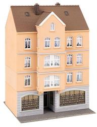 Faller Townhouse with Shoe Shop Building Kit HO Gauge 130706