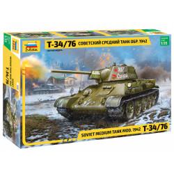 ZVEZDA 3686 T-34/76 Soviet Medium Tank 1:35 Military Model kit