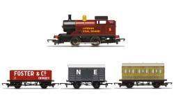 Hornby Railroad Loco R30035 Steam Engine Train Pack