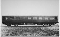 Hornby Coach R40030A SR, Maunsell Third Class Dining Saloon, 7867 - Era 3