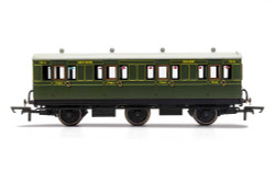 Hornby Coach R40131 SR, 6 Wheel Coach, 1st Class, Fitted Lights, 7514 - Era 3